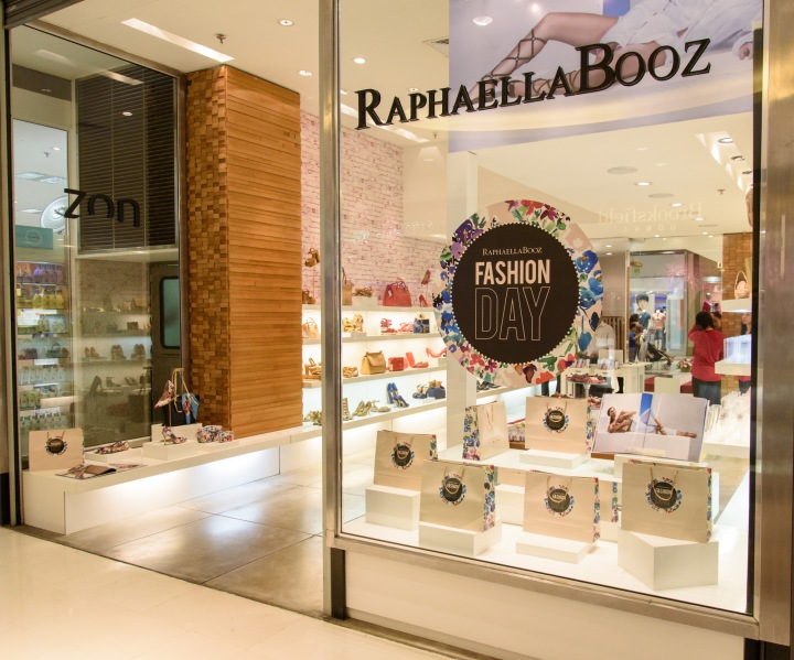 RaphaellaBooz - 0009