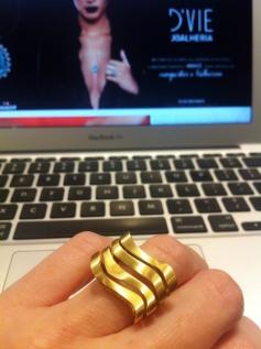 Que anel Maravilhoso!